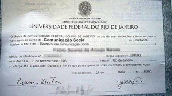 Pela internet, diplomas universitários a R$ 410