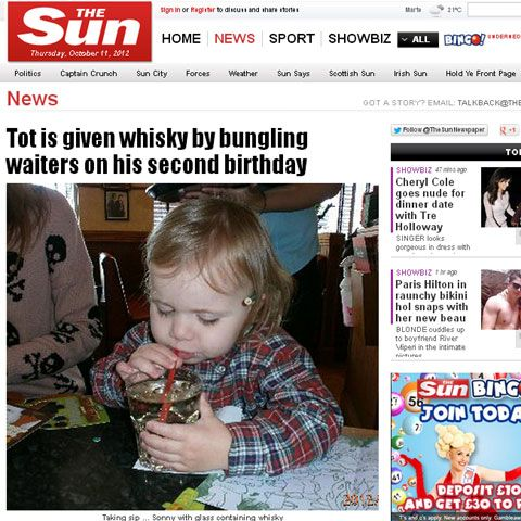 Garçom se atrapalha, e menino bebe uísque no  seu aniversário de 2 anos