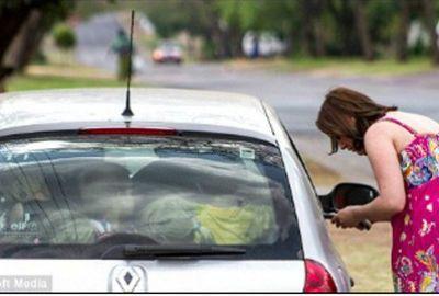 Professora é multada por transportar 19 crianças em carro de passeio