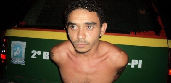 Populares impedem fuga de assaltante na Avenida São Sebastião