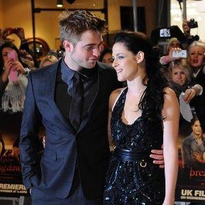 Robert Pattinson e Kristen Stewart foram juntos a uma festa no sábado