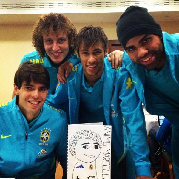 Seleção manda apoio a Marcelo com caricatura