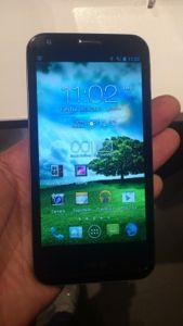 PadFone 2: conheça a nova versão do smartphone que vira tablet