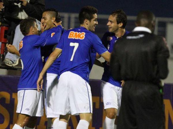Cruzeiro passa pelo Corinthians e volta a sonhar com G-4