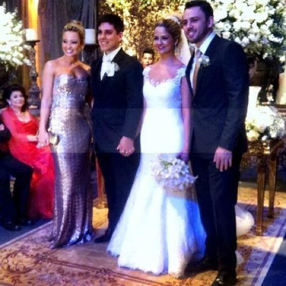 Maria Cecília e Rodolfo se casam com presença de Jorge