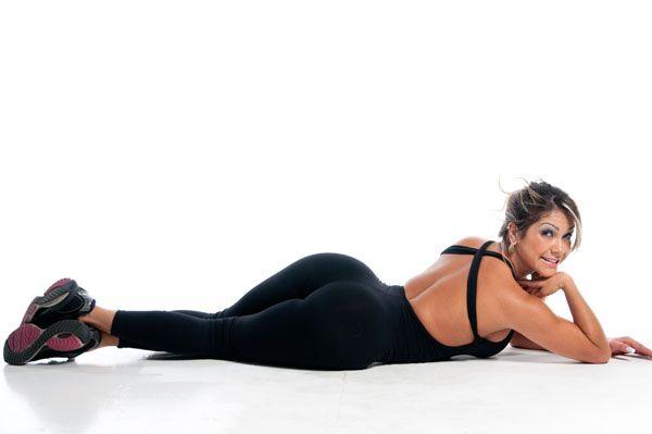 Apresentadora do Multishow faz ensaio de moda fitness; confira