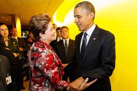 Dilma defende estímulo à indústria e critica