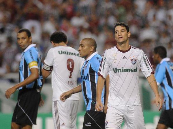 Thiago Neves é alvo do Milan para 2013, diz jornal italiano