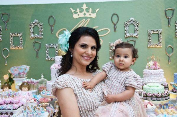 Aline Barros comemora aniversário de um ano da filha, Maria Catherine
