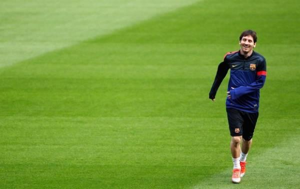 Próximo de atingir marca de Pelé, Messi lidera o Barça contra o Celtic