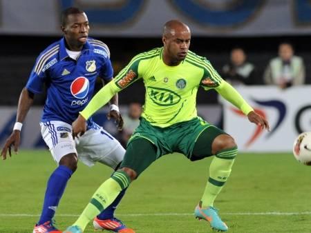 Derrotado e eliminado, resta ao Palmeiras fugir da degola