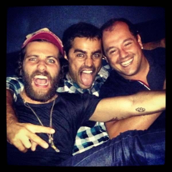 Ricardo Pereira posta foto de noite animada com Bruno Gagliasso