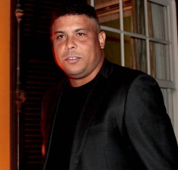Ronaldo recebe convite para ser vice-presidente institucional da Fifa