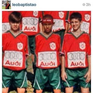 Amigo posta foto com Neymar ainda criança