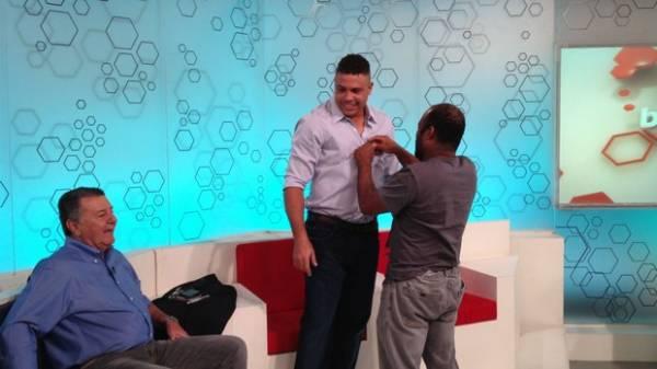 Ronaldo nega que ter recebido R$ 6 mi para fazer