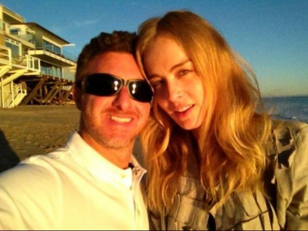 Angélica comemora oito anos  de casada com Luciano Huck