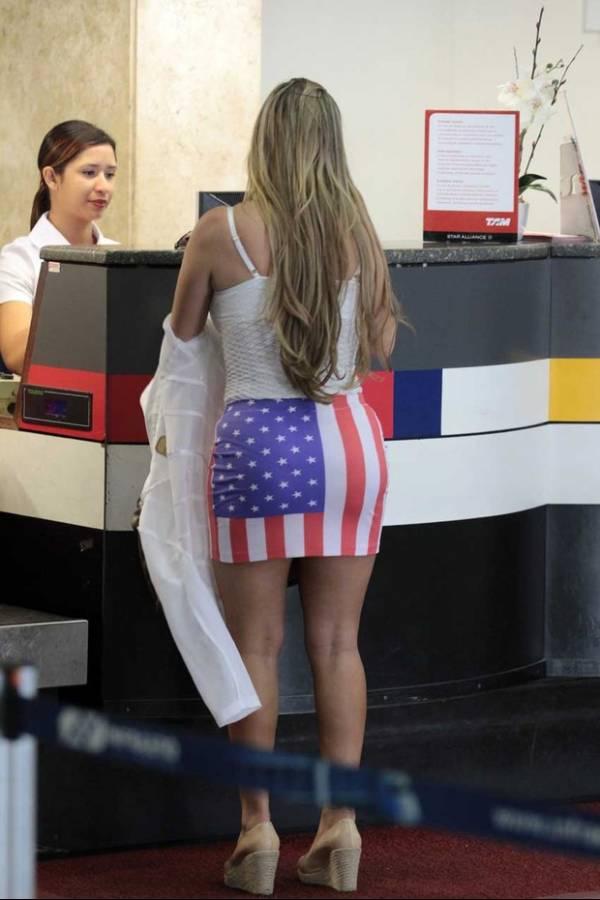 Assim você mata o vovô! Peladona de Congonhas dá abaixada indiscreta em aeroporto