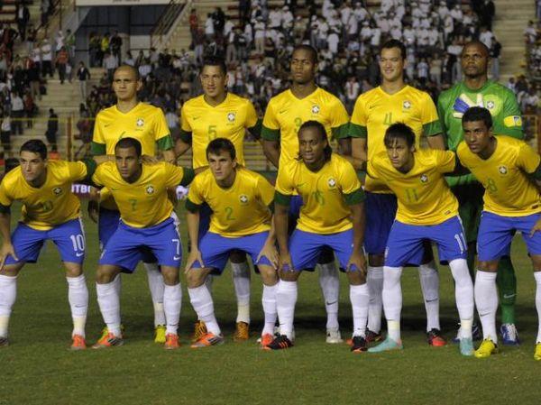 Ônibus do Brasil teria causado apagão em estádio na Argentina