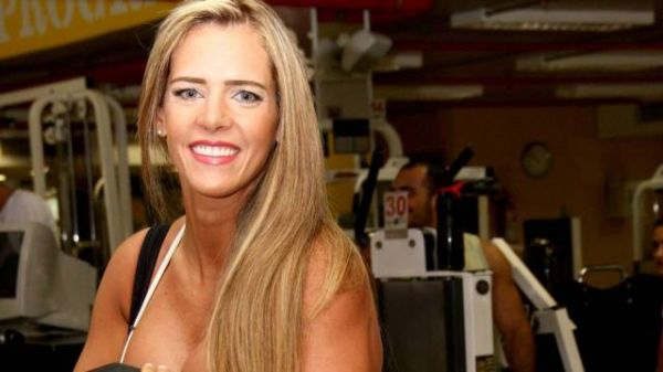 Furacão da CPI, Denise Rocha, pretende seguir carreira artística