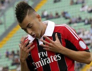 Revelação do Milan coleciona elogios e já  é comparado a Neymar