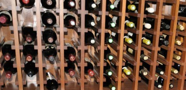 Coleção de 1.200 garrafas de vinho de ex-banqueiro vai a leilão