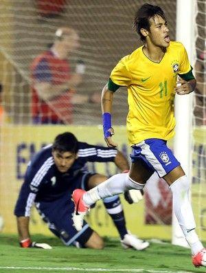 Neymar é o 2º maior artilheiro do ano; Messi lidera, diz Federação