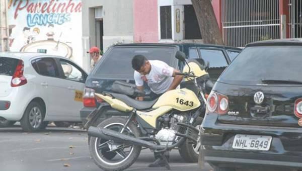 Apenas 10% dos mototaxistas são legalizados