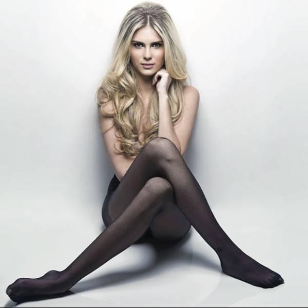 Bárbara Evans posa usando body justíssimo em capa de revista