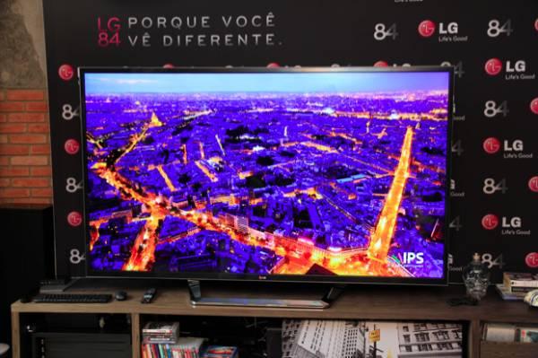 LG lança no Brasil a 1ª Smart TV 84
