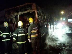 Polícia registra 13 ataques na terceira noite de violência em SC