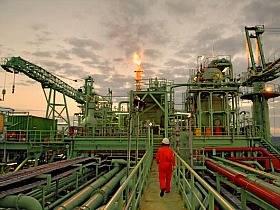 Petrobrás estuda vender mais ações para compensar defasagem