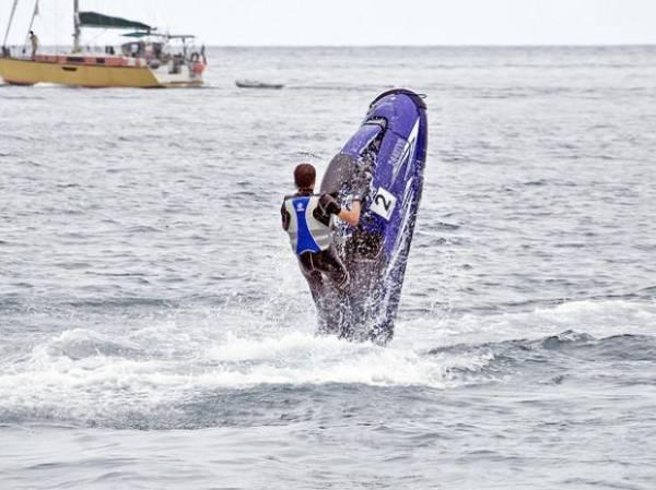 Radical: equipamentos já permitem passeios sobre as águas