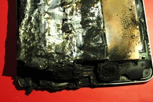 Tablet Nexus 7 pega fogo enquanto carregava a bateria