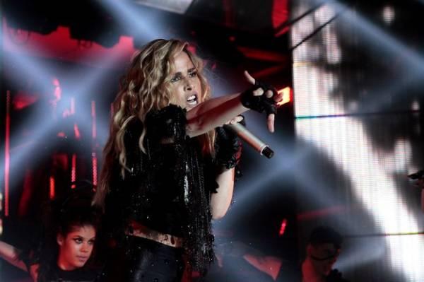 Wanessa Camargo canta com Preta Gil gravação de DVD