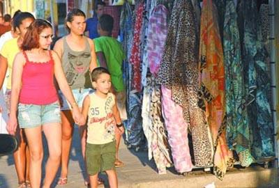 Horário especial do comércio inicia dia 08  em Teresina