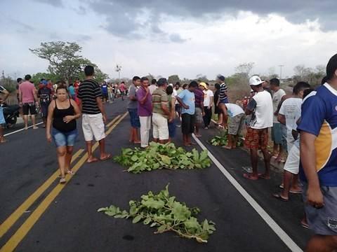 Motoqueiro é atropelado e morto na PI-113 entre as cidades de Cabeceiras e J. Freitas