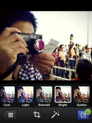 Facebook testa sincronização de fotos no iPhone e no iPad