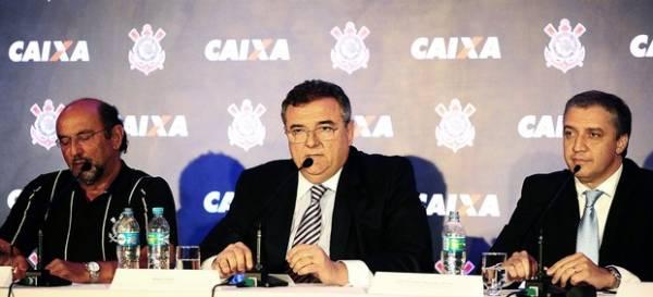 Vice do Timão poupa Palmeiras após queda: