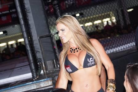Denise Rocha, o Furacão da CPI, quer virar lutadora de MMA