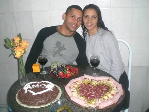 Parentes reclamam de demora no atendimento a noivo morto no Rio