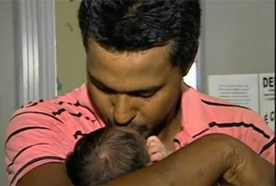 Mãe negocia filho por R$ 300 para comprar enxoval e cirurgia, diz polícia