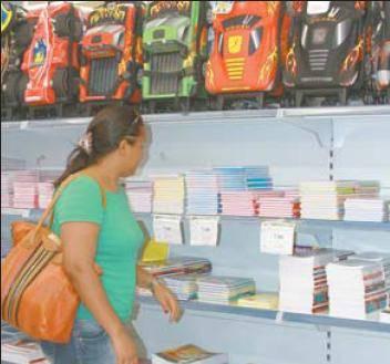 Material Escolar: Economizar é preciso na hora de comprar