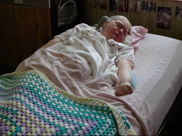 Paciente morre após 42 anos  em coma nos Estados Unidos
