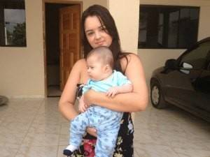 Corri com o bebê, diz mãe que presenciou terremoto no Brasil