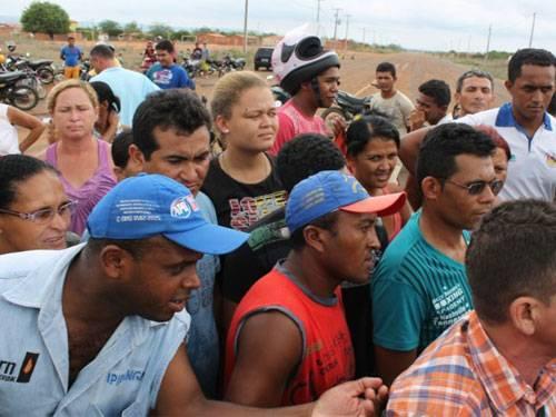 Padre Herculano ameaça demolir casas de moradores em São Raimundo Nonato