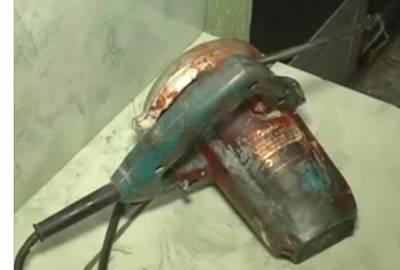 Palmeirense arranca orelha de amigo com mordida e serra elétrica após provocação sobre rebaixamento