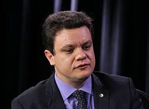 Relator da CPI do Cachoeira retira jornalista da Veja e Gurgel do relatório