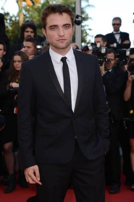 Leonardo Di Caprio convece Robert Pattinson a parar de fumar