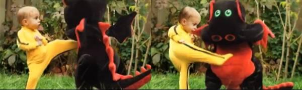 Bebê vestido de
