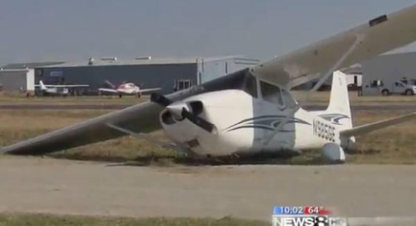 Mulher filma voo do  marido e flagra choque de avião com carro